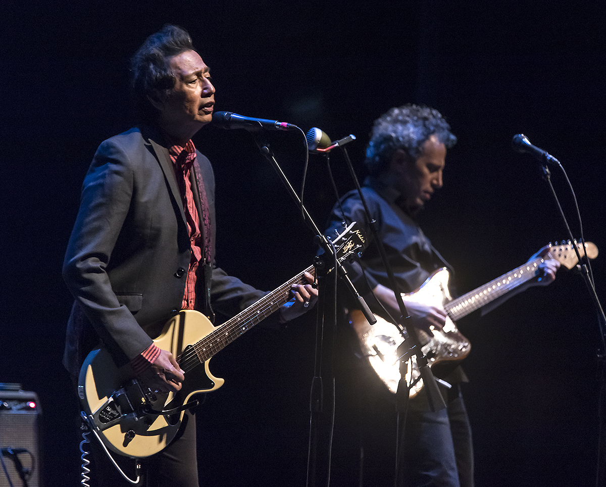 Sings Like Hell - Alejandro Escovedo 2/25/17 The Lobero theatre